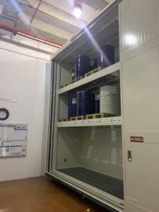 contenedor con protección al fuego de puertas automáticas